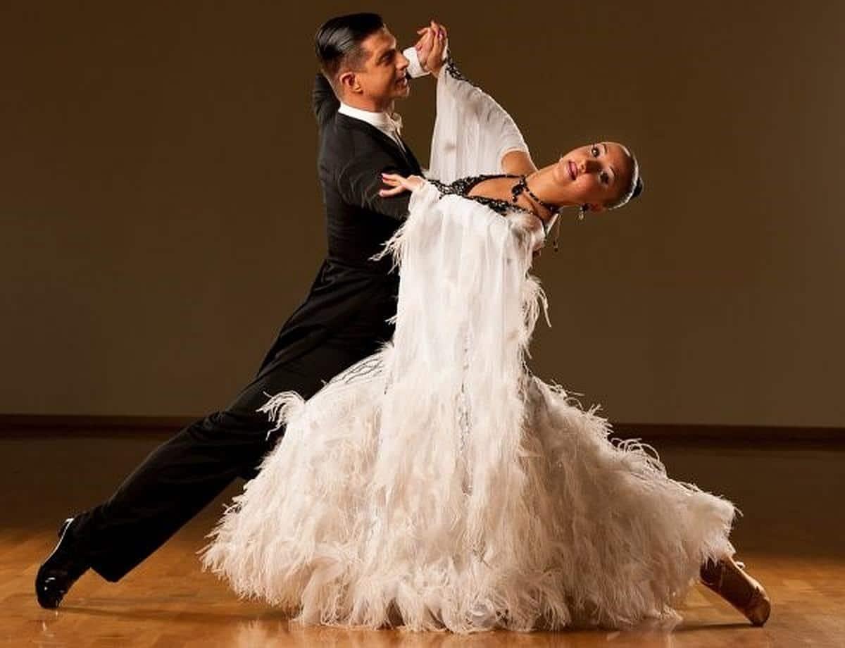 Ultra Ballroom - The Waltz